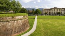 Travel: walking the walls in lovely, leafy Lucca