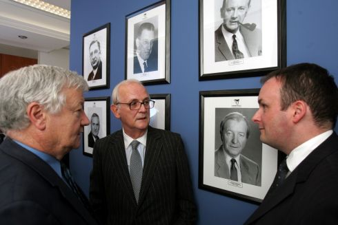 PJ Mara chats with Sean Sherwin (left) the Fianna Fail national organiser and Sean Dorgan, party general secretary. Photograph: The Irish Times