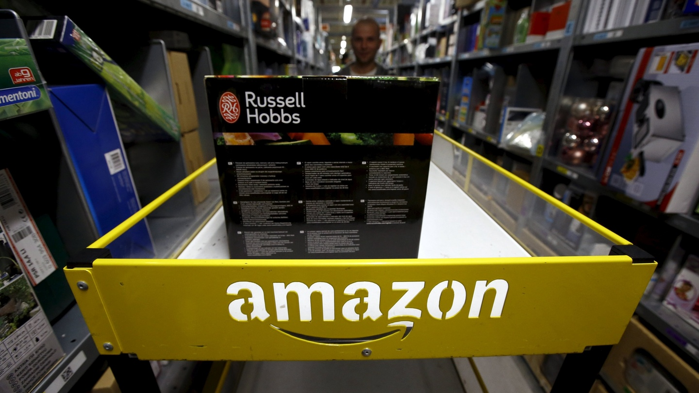 Amazon steps up recruitment as it expands in europe falaconquin