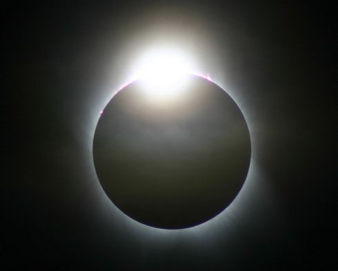 Diamond Ring photographed from Turkey. This is the diamond ring effect, just seconds before totality during the IFAs solar eclispe trip to Turkey on March 2006. Photograph: Dave Lillis