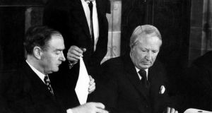 Taoiseach Mr Liam Cosgrave and British prime minister  Edward Heath sign the Sunningdale Agreement in December 1973