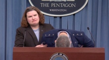 General faints at Pentagon briefing