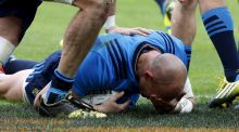 Italy's Sergio Parisse scores a try during against France. Photograph: Benoit Tessier/Reuters