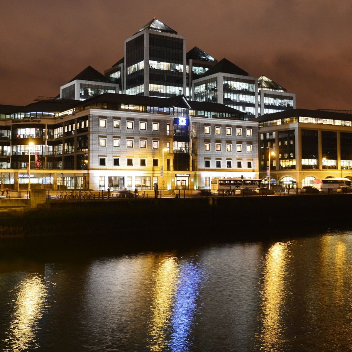 Ulster Bank agrees pay increases for Irish staff