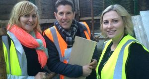 """Architect-next-door"" Dermot Bannon with 'Room To Improve' homeowners Aoife Sheridan (left) and Melissa Furze."