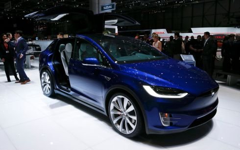 Tesla is struggling to meet demand for its new Model X crossover and it's no wonder. The gullwing doors are an unnecessary complication and a distraction from what is a really interesting new arrival.