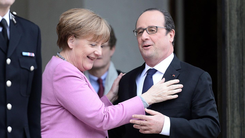 pics German Chancellor Angela Merkel and former French president Nicholas Sarkozy