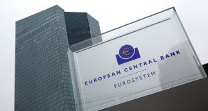 The ECB has cut its main interest rate to zero , taking the financial markets by surprise as it unveils a major efforts to boost the euro zone economy.