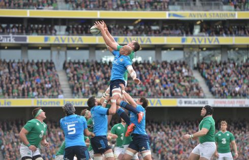 Ireland vs Italy in a line-out. Photograph: Alan Betson/The Irish Times