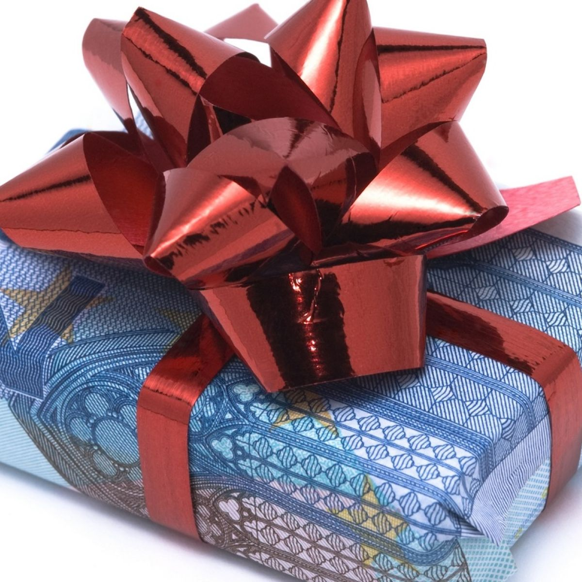Gifting an apartment to a relative: a gift tax