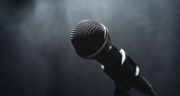 warning over men challenging people to rap battles in us town