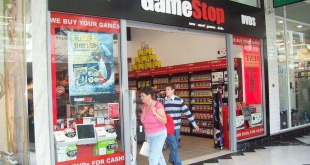 GameStop new software revenue falls 6%, missing estimates
