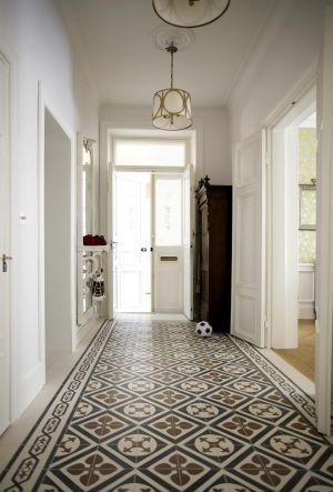 Best in class entry level - Mosaic del sur paris ...