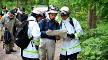 Search constinues for missing Japanese boy amid social media anger