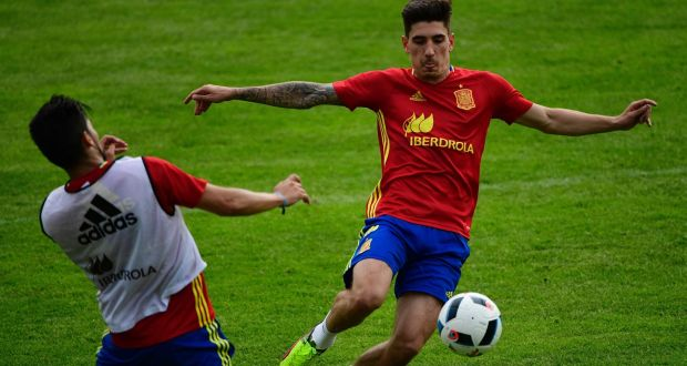 Hector Bellerin has been included in Spain's squad for Euro 2016. Photograph: Afp