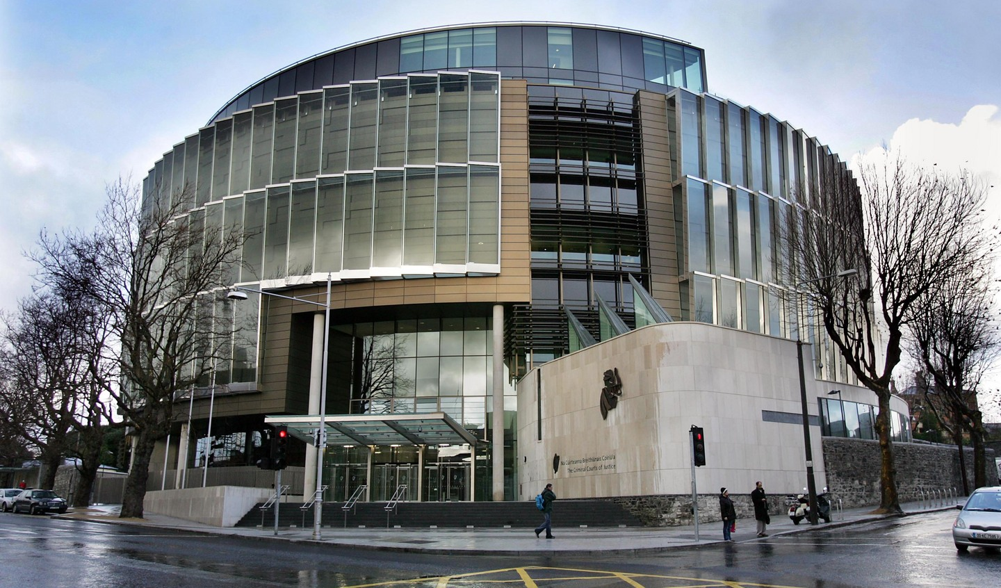 Garda sent sergeant emails and Facebook request despite many warnings