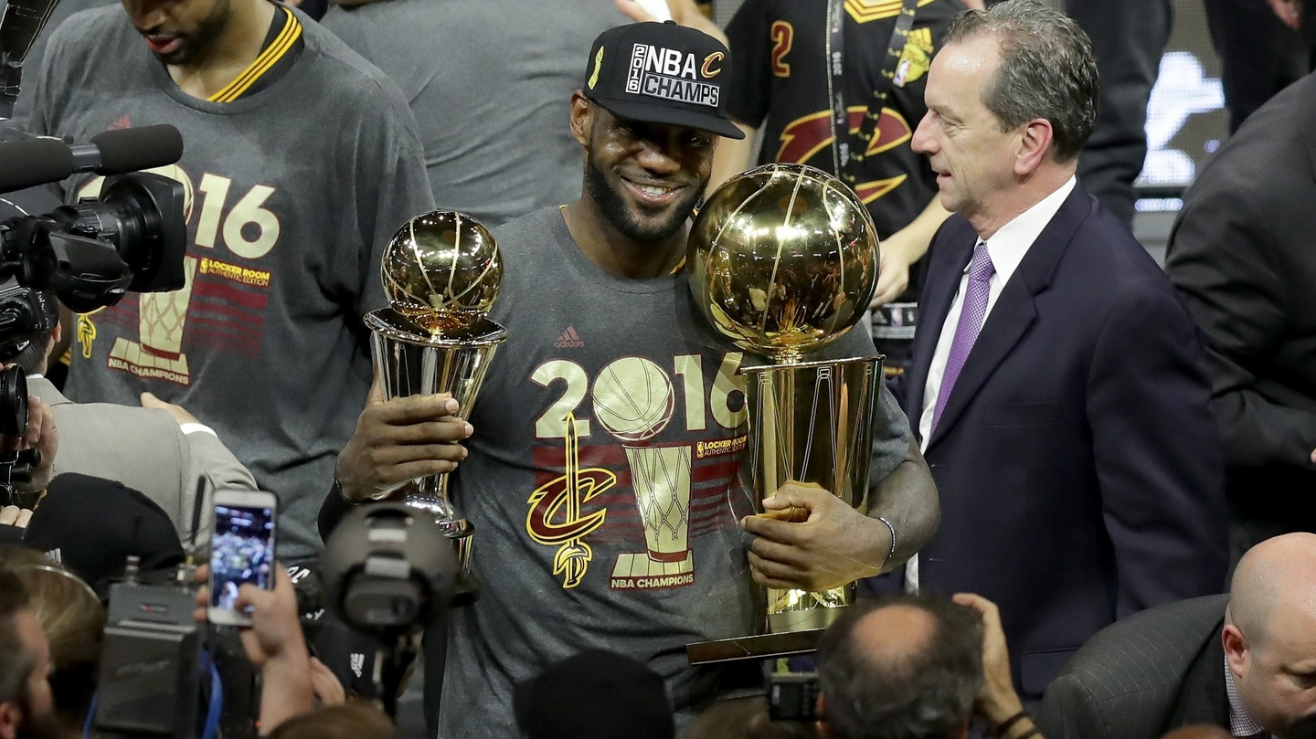 outlet store 9bbd1 a1ec0 LeBron delivers on promise and leads Cleveland Cavaliers to ...