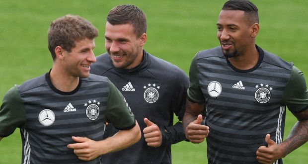 0b95ff00dc9 Adidas pays up to extend deal with German soccer