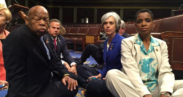 Super Democrats Stage Dramatic Sit In On Floor Of House Of Home Interior And Landscaping Transignezvosmurscom