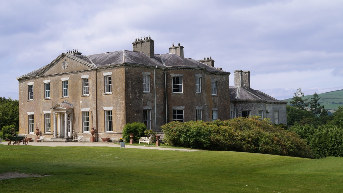 Great Country House Sale At Coolattin