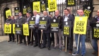 Gardai protest outside Leinster House