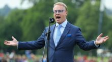 European Tour Chief Executive Keith Pelley speaks on the 18th green during day four of the BMW PGA Championship at Wentworth. Photo: Getty Images