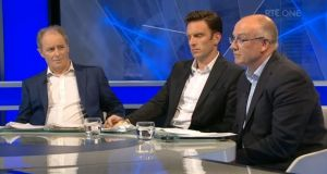 Brian Kerr, former Shelbourne player Stuart Byrne and FAI director of competitions Fran Gavin. Image: Screenshot from RTÉ's 'Soccer Republic'