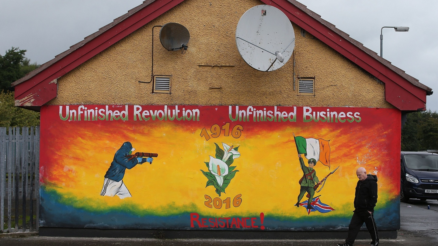 Plans To Remove Peace Walls In Northern Ireland By 2023