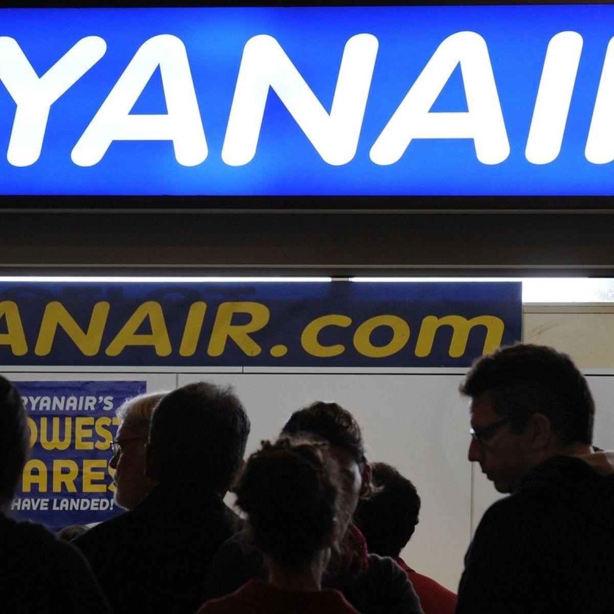 Ryanair's 'visa' stamp requirement leaves Americans in a
