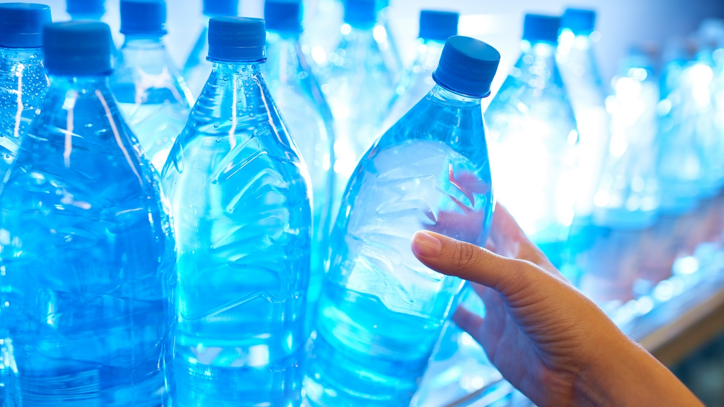 The hidden costs of drinking bottled water