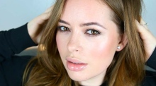 Tanya Burr:  fashion and beauty vlogger, blogger, make-up artist and author