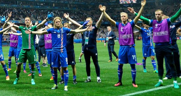 c42544c53 The Iceland players celebrate after they defeated England 2-1 in the Euro  2016 last