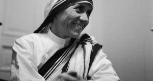 November 1960: Mother Teresa (1910 - 1997), the Albanian nun who dedicated her life to the poor, the destitute and the sick of Calcutta, earning the Nobel Peace Prize in 1979. (Photo by Keystone Features/Getty Images)