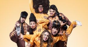Hot Brown Honey: use circus skills, burlesque striptease routines, hip hop and comedy