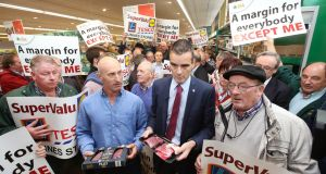 IFA President Joe Healy and IFA Livestock chairman Angus Woods were among livestock farmers attend protest at the Aldi supermarket in Tullamore  .Photograph: Finbarr O'Rourke
