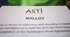 ASTI is balloting its 17,000 members on the issue of pay for newly qualified teachers, as well as voting on withdrawing from carrying out supervision and substitution duties