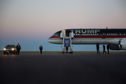 Republican presidential candidate Donald J. Trump arrives to a campaign event at JetCenters of Colorado in Colorado Springs,  Saturday, Sept. 17th.  Photograph: Damon Winter/ The New York Times