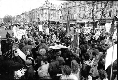 1992: Scuffles during an anti-abortion rally on O'Connell Bridge in Dublin. Photograph: Jack McManus/The Irish Times