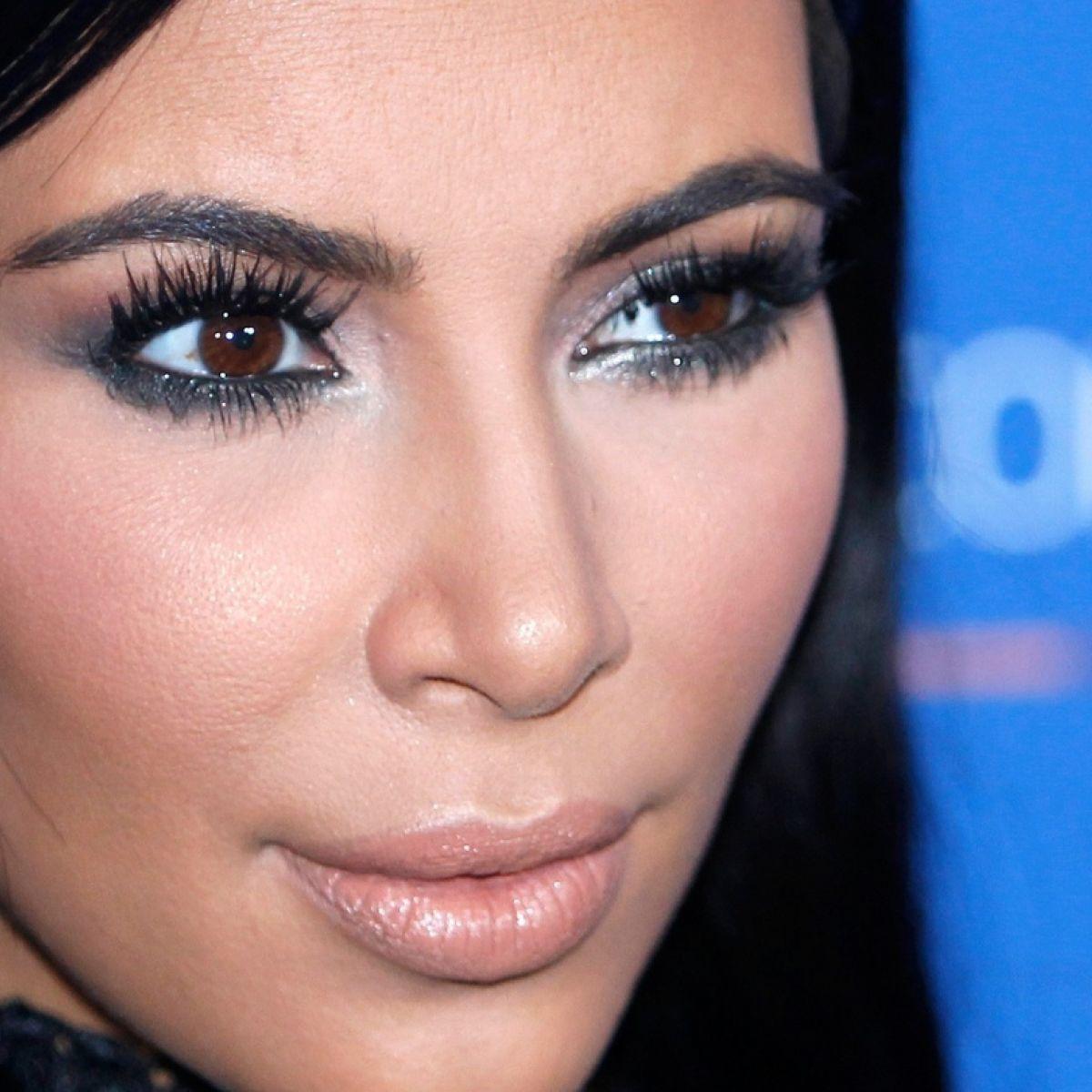 Kim Kardashian held at gunpoint, jewellery worth millions stolen