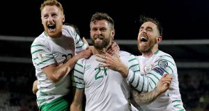 Stephen Quinn (left) and Daryl Murphy (centre) have been ruled out of this week's World Cup qualifiers. Photo: Ryan Byrne/Inpho