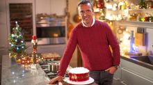 Ice and easy: Kevin Dundon shows off his Christmas cake.