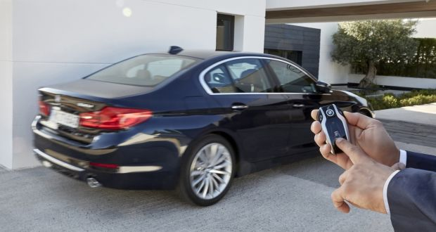 New BMW 5 Series Has An Optional System That, Like The 7 Series