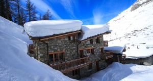 Enjoy a week-long holiday for four people in a ski-in ski-out chalet in Val d'Isere, France