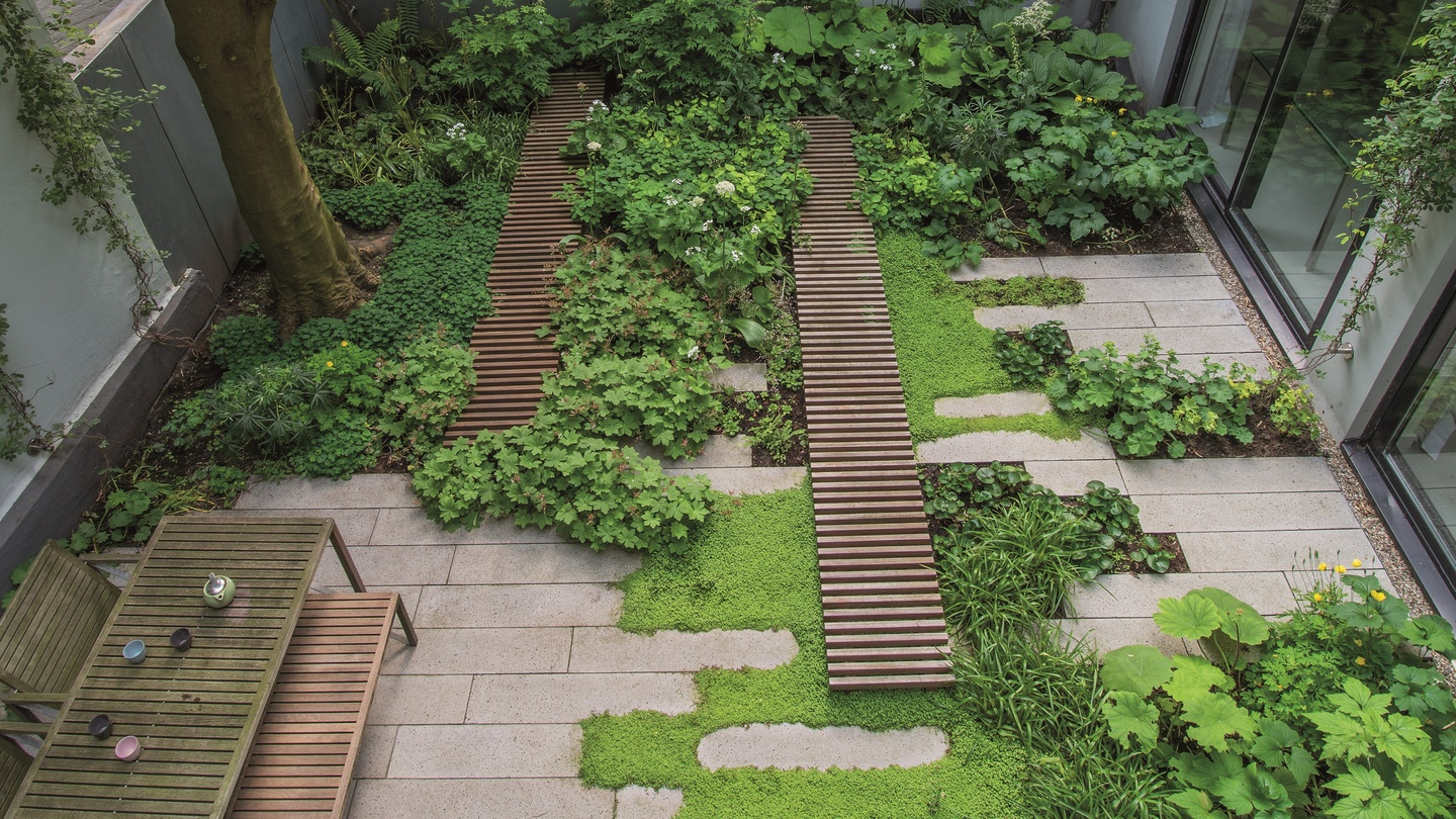 Tiny Home Designs: Starting A Small Garden From Scratch: First Tackle The Soil