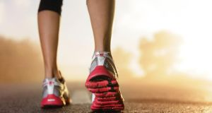 Minimal footwear may reduce running injuries, study finds