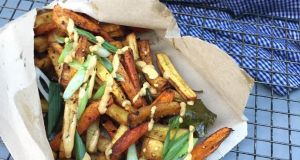 Healthy roasted roots curry chips from Piply will be on sale at Eatyard