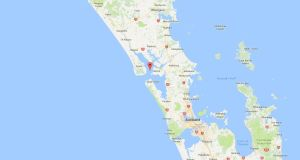 Five people are dead after  a boat carrying 11 people got into trouble in Kaipara Harbour near Auckland on Saturday.