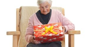 People with dementia hold on to their sensory and emotional memories the longest, so traditional activities such as gift wrapping can stimulate conversations about past Christmases
