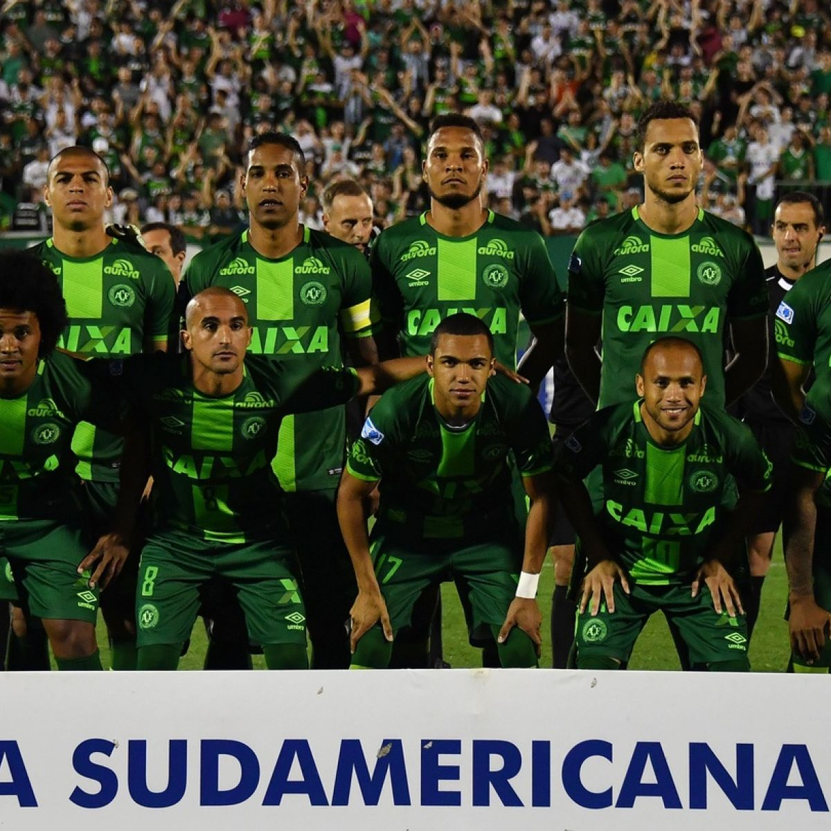 As the Brazilian national team 200 thousand fans on Maracana disappointed
