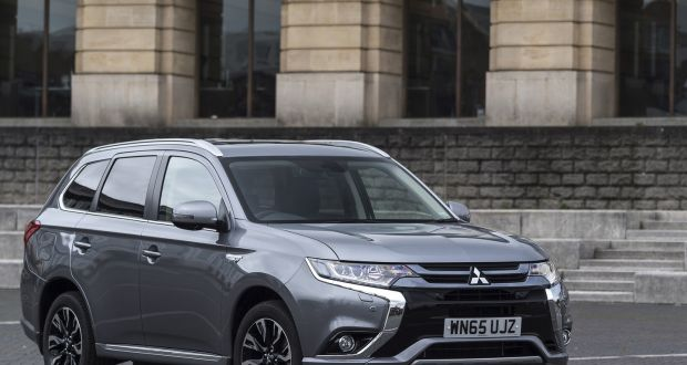 50 Mitsubishi Outlander Phev An Electric Revolution But The Price